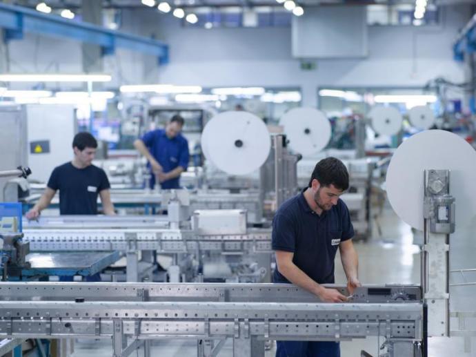 La industria de Gipuzkoa repunta de manera leve en mayo
